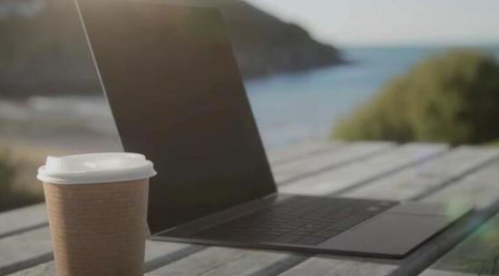 据报道 首款具有OLED显示屏的iPad和MacBook将于明年推出